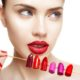 Как выбрать цвет помады и придать губам объем