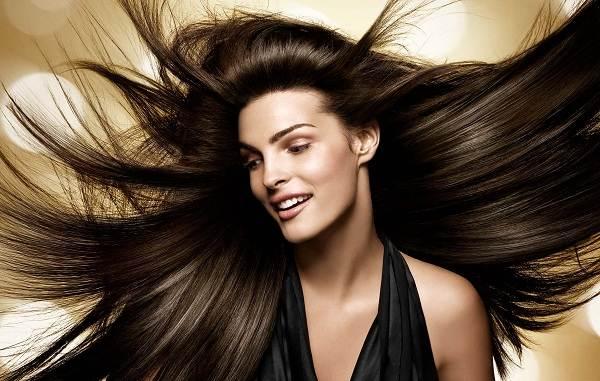 Полировка-волос-Описание-особенности-показания-и-плюсы-полировки-волос-1