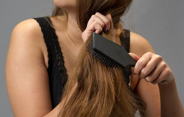 Полировка-волос-Описание-особенности-показания-и-плюсы-полировки-волос-7