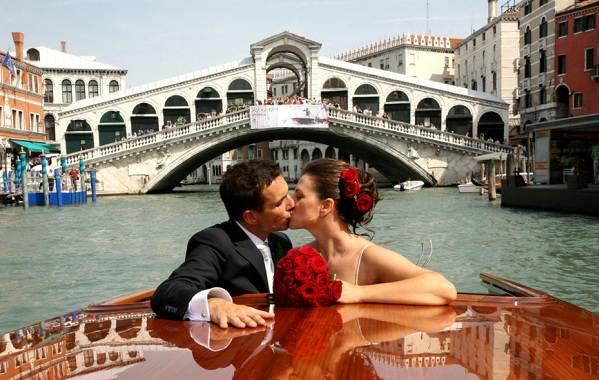 Места-для-влюбленных-6-романтических-стран-которые-стоит-посетить-1